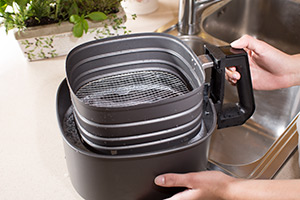 Let the pan with the basket inside soak