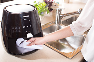 airfryer inside cleaning