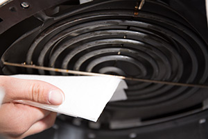 dry airfryer heating element with paper towels